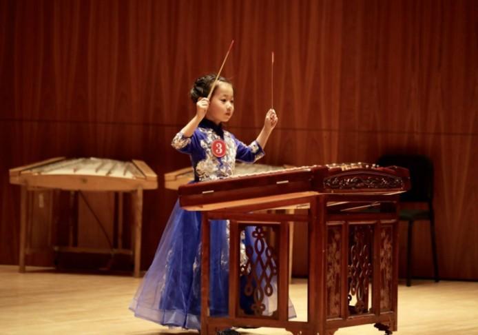 对一个初学者来说怎样学好扬琴